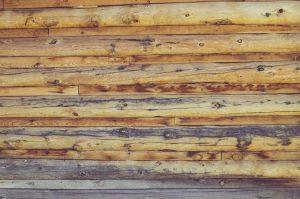 Azobé hout is een van de populairste houtsoorten voor gebruik in de tuin